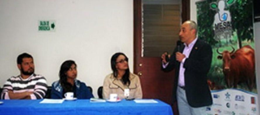 Foro en Colombia Abordó el Problema de la Mastitis Bovina