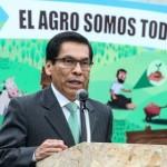 Ministro Hernández Propone Mejoras para el Sector Lácteo en el mes de la Agricultura