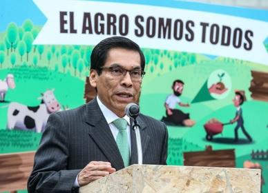ministro_hernandez_dia_de_la_agricultura