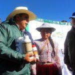 Minagri Entrega Kits Veterinarios a Familias Ganaderas de Arequipa