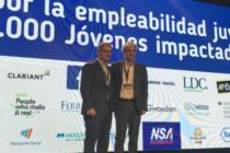 Nestlé se Asocia a Ganaderos para Producir Leche Orgánica en Argentina