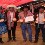 Productores lácteos de Cusco son distinguidos con medalla del Minagri