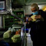 Maestros queseros suizos brindan visión de producción sostenible y adaptada al cambio climático a queseros artesanales peruanos